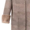 Abrigo reversible de visón gris trabajado en horizontal